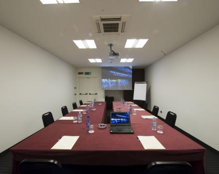 The BW Plus Hotel Monza e Brianza Palace offers modern equipped meeting rooms